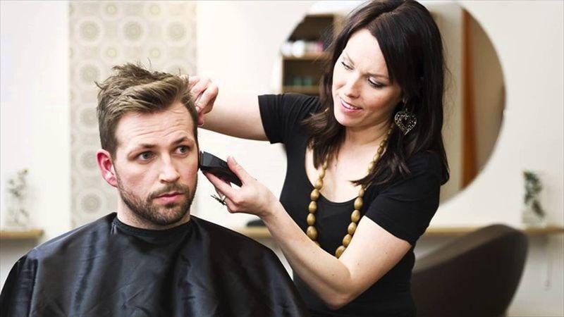 Где и чему учат в школе парикмахеров
