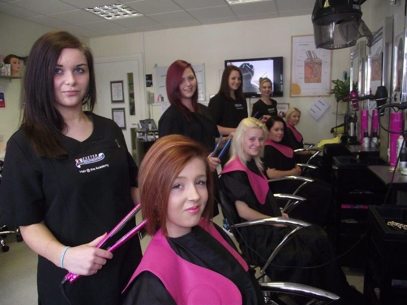 Как и где выбрать школу парикмахеров